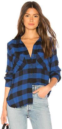Bella Dahl Two Pocket Fray Hem Shirt
