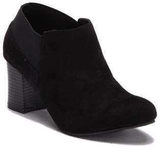 Italian Shoemakers Valley Ankle Bootie (Women)