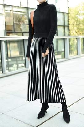 Genuine People Pleated Wool Midi Skirt