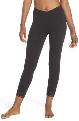 Zella Cross the Line Crop Leggings