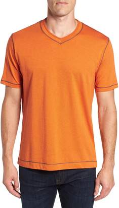 Robert Graham Traveler V-Neck T-Shirt