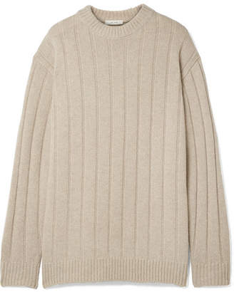 The Row Lilla Ribbed Cashmere Sweater - Beige