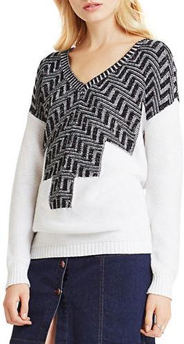 BCBGenerationBcbgeneration Zig-Zag Intarsia V-Neck Sweater