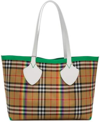 Burberry The Medium Giant Tote in Rainbow Vintage Check