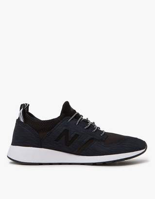 New Balance 420 Slip-On in Black/White