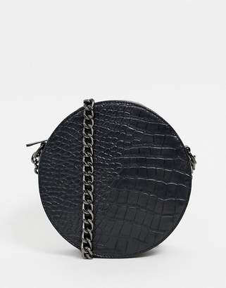 285f8ebe6f Missguided round cross body back with chain strap in black croc
