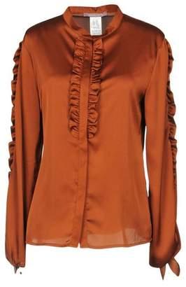 OLIVIA HOPS Shirt