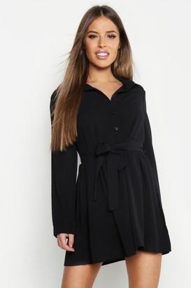 f599d5fa618 boohoo Petite Smock Shirt Dress