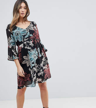 Mama Licious Mama.licious Mamalicious Botanic Printed Dress With Frill Sleeve