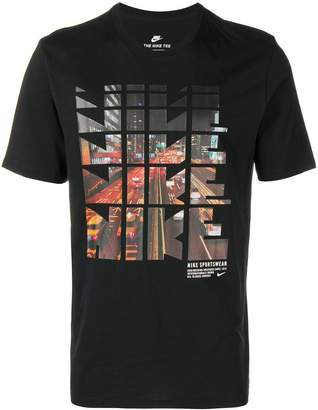 Nike repeated logo cityscape print T-shirt