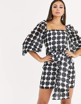 Talulah Honeycomb graphic print tie waist dress