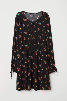 H&M Dress with Buttons - Black