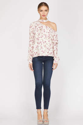 Adelyn Rae Patyon One-Shoulder Blouse
