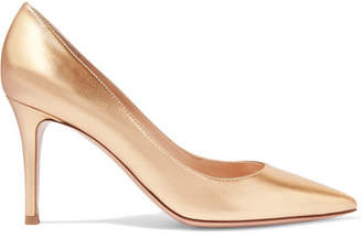 Gianvito Rossi 85 Metallic Leather Pumps - Gold
