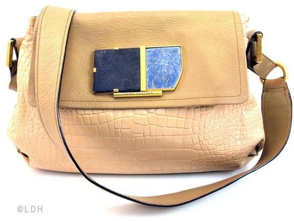Marc By Marc Jacobs Marc Jacobs Peanut Messenger (Pre Owned)