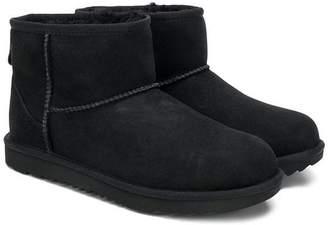 UGG mini classic II boots
