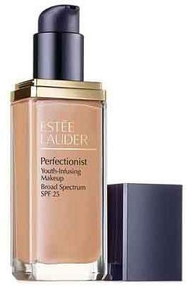 Estee Lauder Illuminations Perfectionist Youth-infusing Broad Spectrum SPF 25 Instantly Brightens and Perfects Makeup (2C1 Pure Beige)