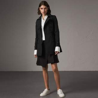 Burberry The Chelsea - Short Trench Coat
