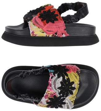 I'M Isola Marras Sandals