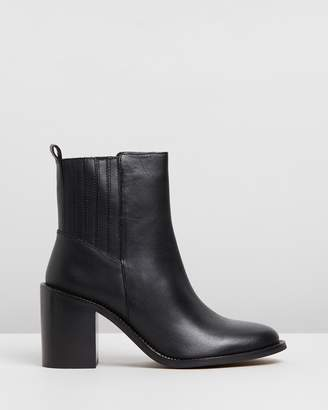 Topshop Max Chain Sole Boots