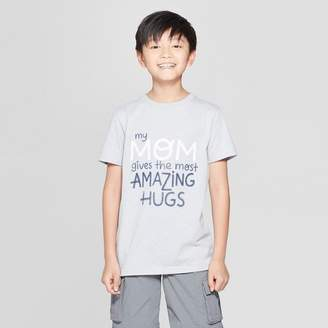Cat & Jack Boys' Mom Hugs Short Sleeve Graphic T-Shirt Gray