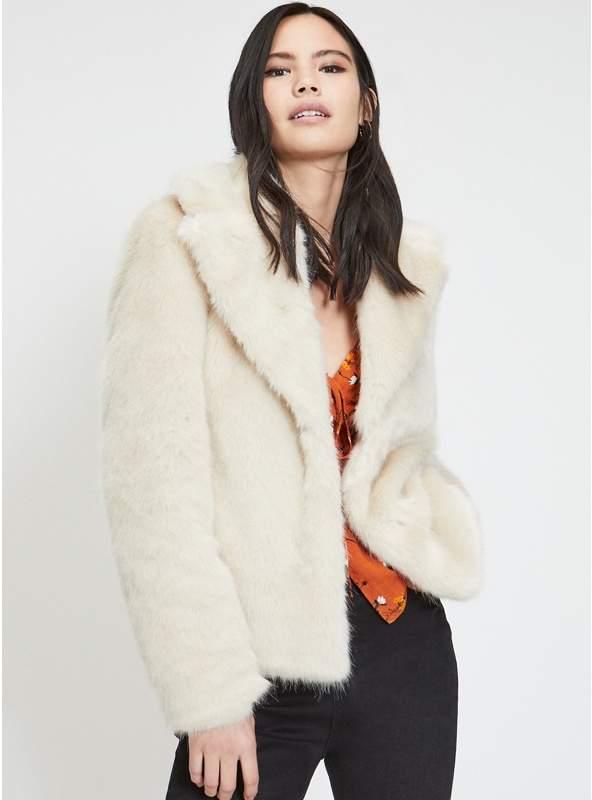 Cream Short Plush Faux Fur Coat