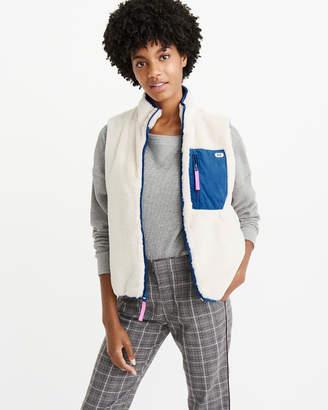 Abercrombie & Fitch Faux Fur Vest