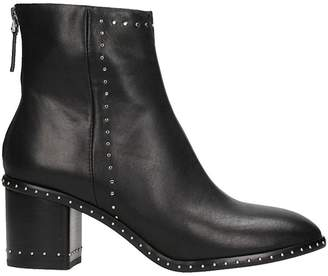 Lola Cruz Black Studs Ankle Boots