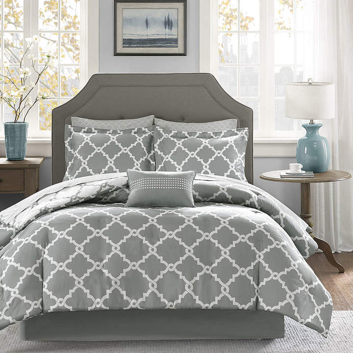 MADISON PARK ESSENTIALS Madison Park Essential Almaden Complete Reversible Bedding Set with Sheets