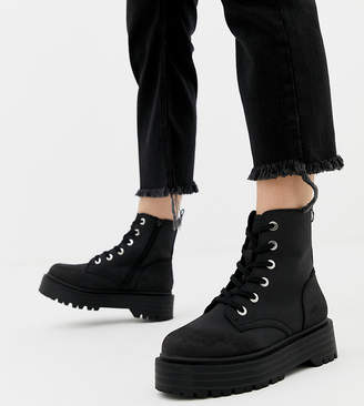 a9b9db39cc New Look chunky flatform boot in black