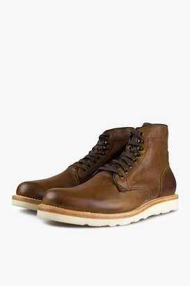 Sutro Footwear Charlton Honey Vibram