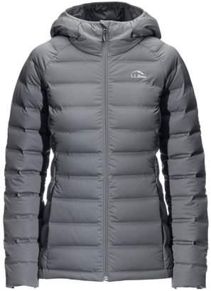 L.L. Bean L.L.Bean Ultralight 850 Stretch Down Hooded Jacket, Misses