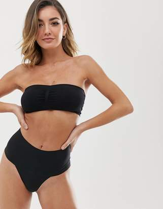 Spanx Undie-tectable Smoothing Thong