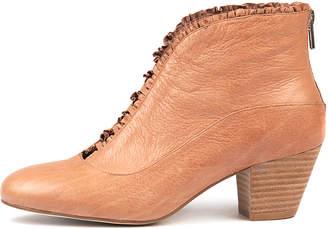 Django & Juliette Hemera Dk nude Boots Womens Shoes Casual Ankle Boots