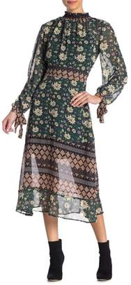 Romeo & Juliet Couture Long Sleeve Floral Dress