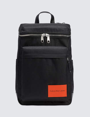 Calvin Klein Jeans Zip Around Backpack 45