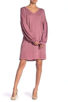 Como Vintage Long Sleeve V-Neck Knit Sweater Dress