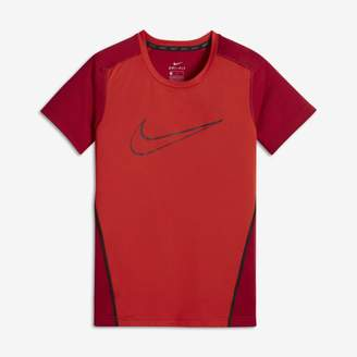 Nike Dri-FIT Older Kids'(Boys') Short-Sleeve Training Top