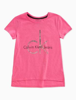 Calvin Klein girls logo drop hem t-shirt