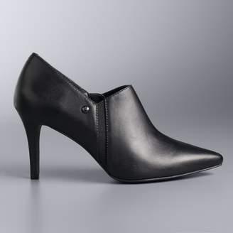 Vera Wang Simply Vera Realism Black Women's Leather High Heels