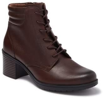 Clarks Hollis Jasmin Leather Heeled Boot