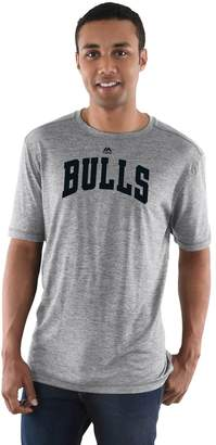 Majestic Men's Chicago Bulls Fight 'til the End Tee