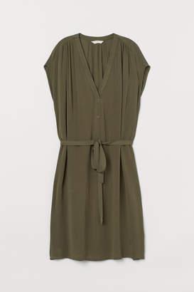 H&M V-neck Dress with Tie Belt - Green