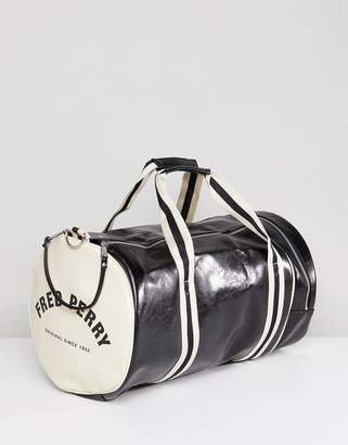 Fred Perry Classic Barrel Bag In Black
