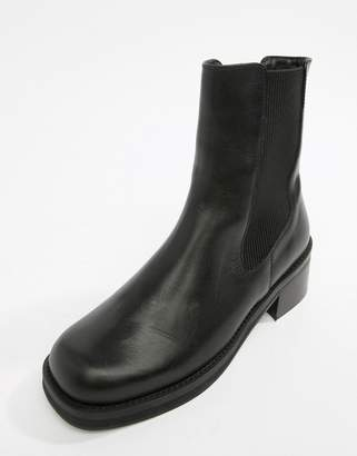 Miista Eeight E8 by black leather chunky sole chelsea boot
