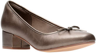 Clarks Collection Chartli Daisy Pump