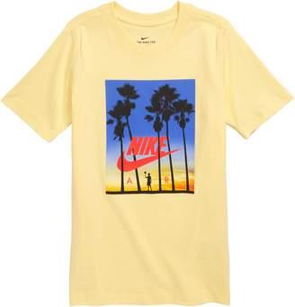 Nike Sportswear Sunset Graphic T-Shirt