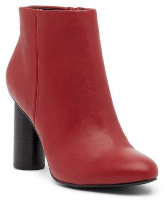 Steve Madden Rival Cylindrical Heel Bootie