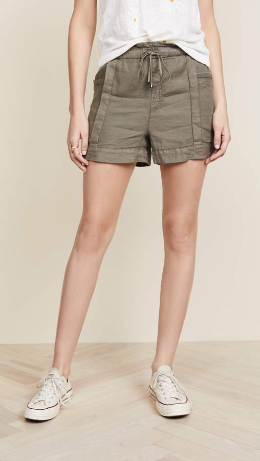 Arabesque Shorts