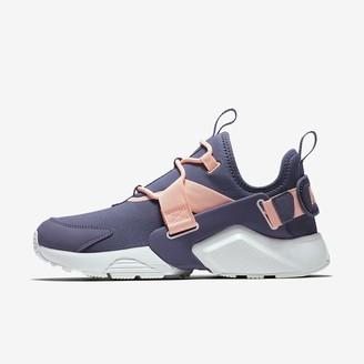 Nike Huarache City Low Women's Shoe